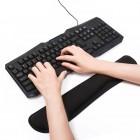 Opěrky a podložky zápěstí ke klávesnici